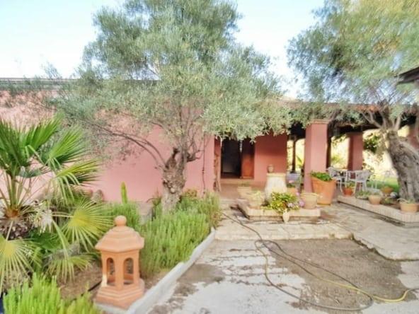 Finca con casa en Alpujata Monda con piscina y jardín