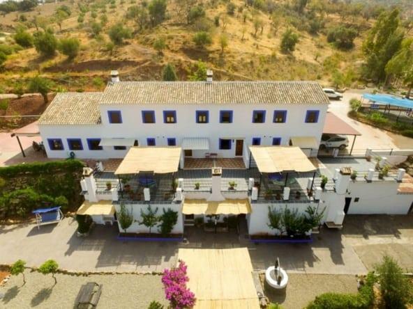 Hotel Rural de 8 apartamentos con piscina en Sierra de las Nieves